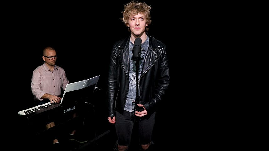Bat Out of Hell Star Andrew Polec Wails On Meat Loaf and Ji…