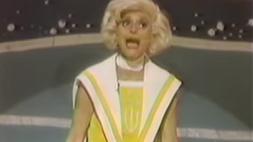 Hot Clip of the Day: Carol Channing Bumps It to Blondes