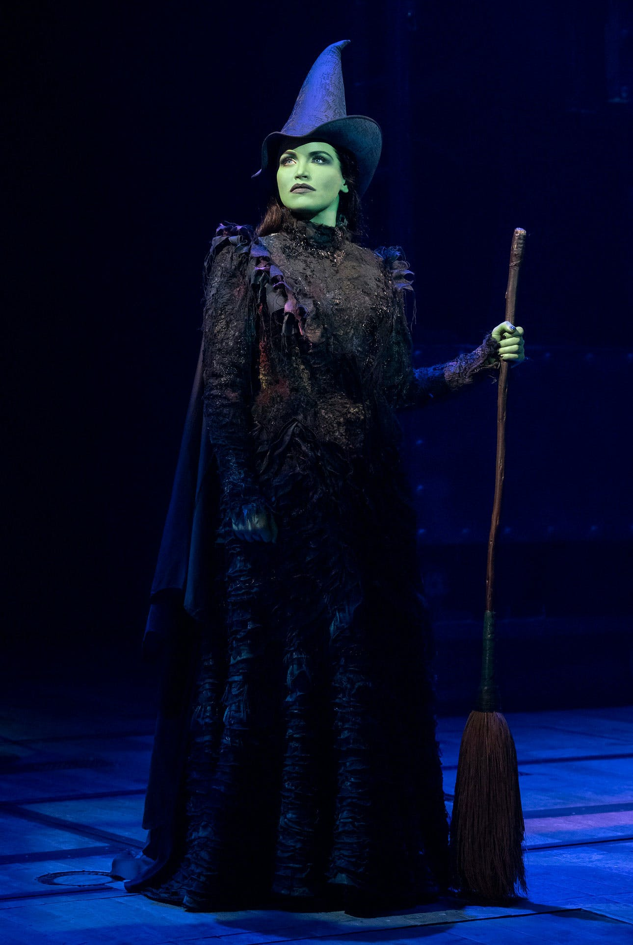 Broadway S Faves Wicked Star Lindsay Pearce Explains Why